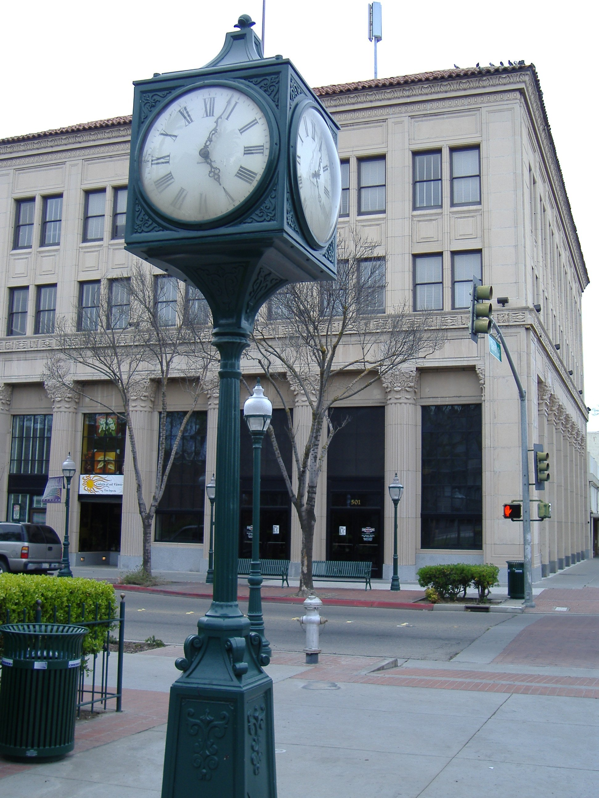 Bob_Hart_Square_clock2